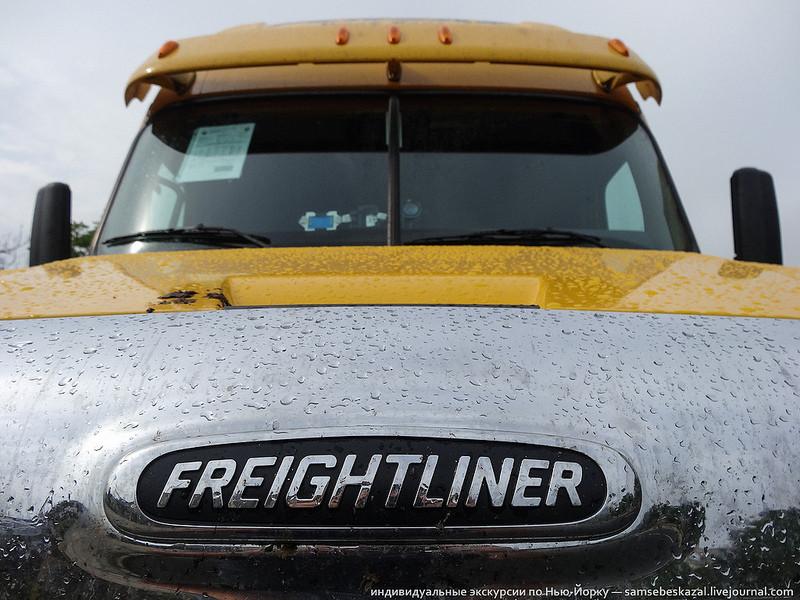 Американский грузовик Freighliner…